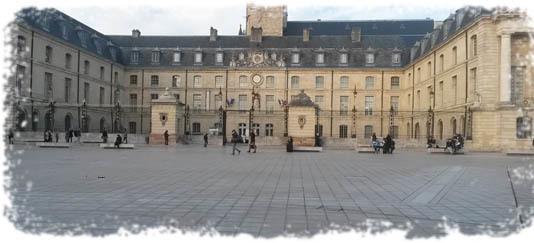 Mairie-1425627526