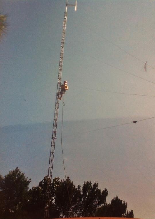 Antenne2009_2010-1427189896