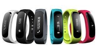 Bracelets_connecte_s-1427276097