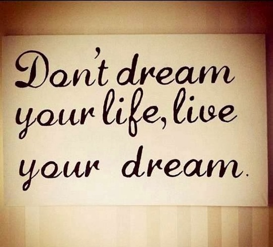 Dream-quotes-26-1427487470
