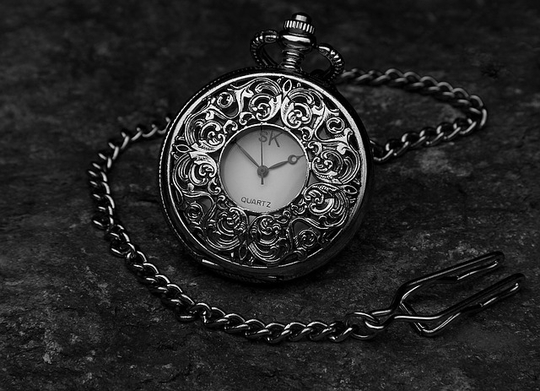 Pocket-watch-560937_640-1427560044