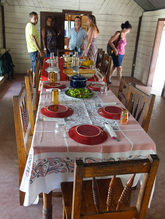 Lanirano-repas-1427934931