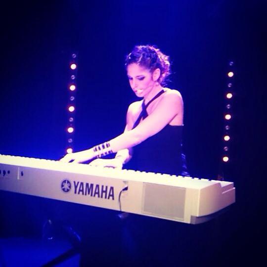 Emma_piano_bo-1428691318