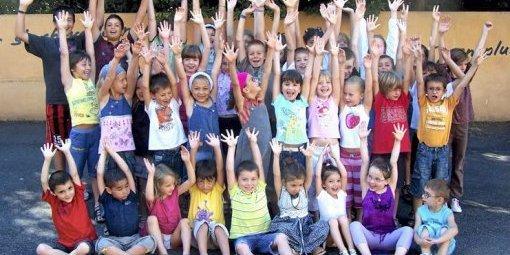 Des-enfants-heureux-a-l-image-de-ceux-ci-l-an-passe_302033_510x255-1428774038