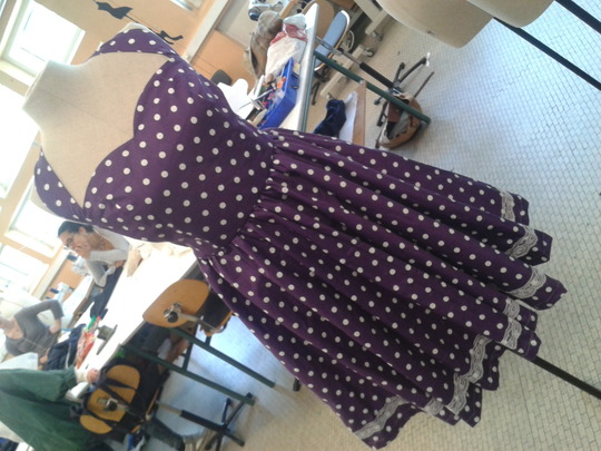 Robe-robe-pin-up-vintage-violet-a-pois-b-10663179-2014-04-17-15.18fe1-75246_big-1428836109