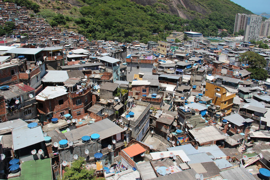 Favelashaut-1430077305