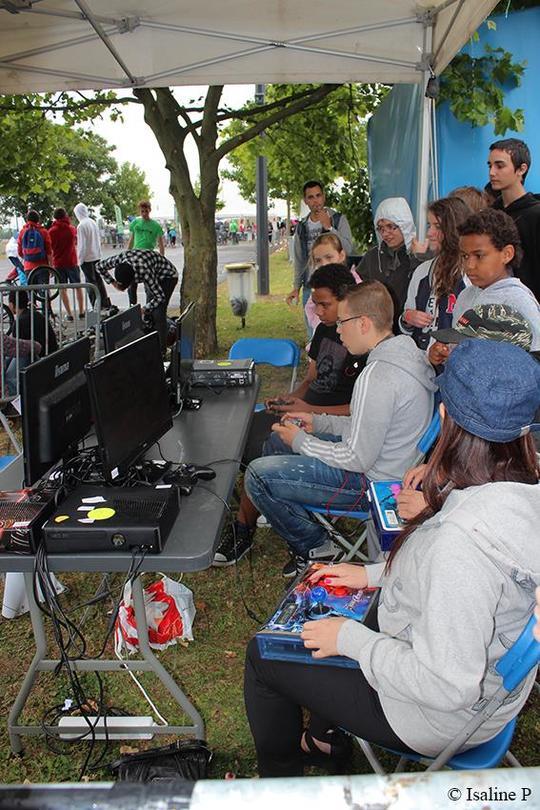 Gaming-1430162525