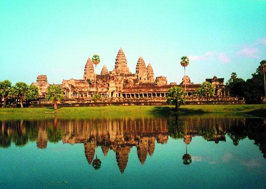 Angkor_from_lake-1430330051