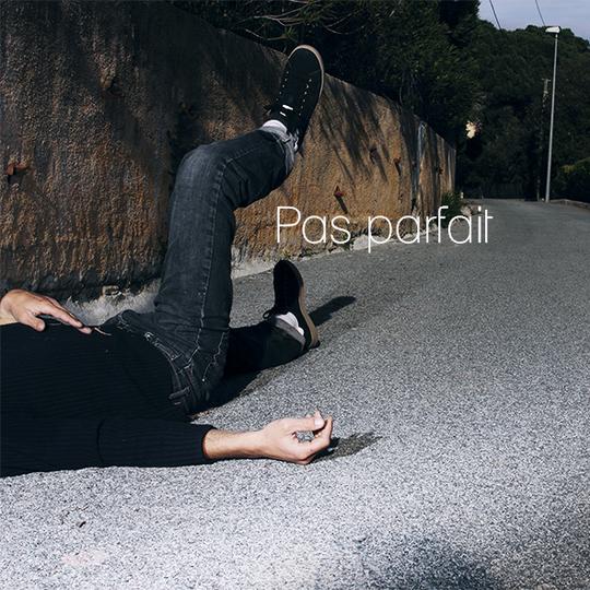 Pas_parfait_sous_cd_kiss_bank-1431511254