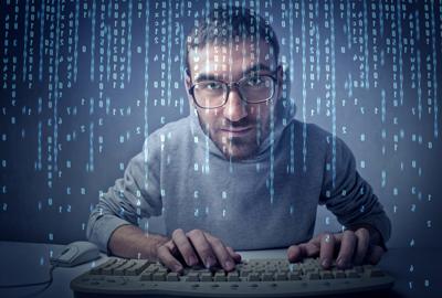 Analyste-programmeur-informatique-1433259322