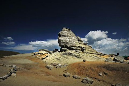 Bucegi-mountains-romania-nature-sphinx-2570496-480x320-1433836661