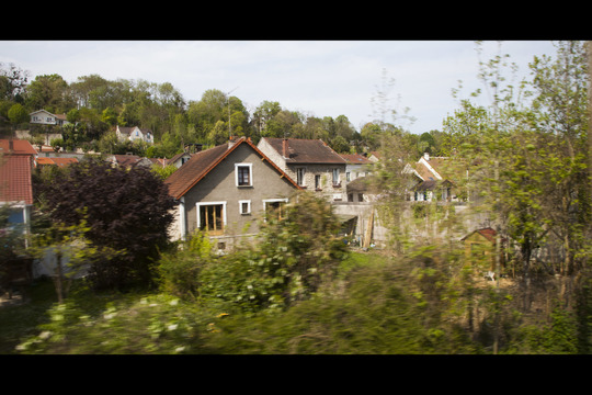 Train_auvers-1435338827