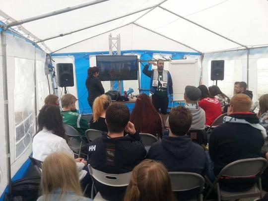 Diaa lors d'une rencontre internationale de jeunes en Norvège