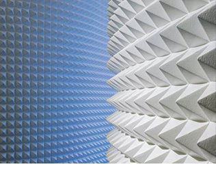 Sonex-pyramid-acoustical-panels-installed-01-1437301179