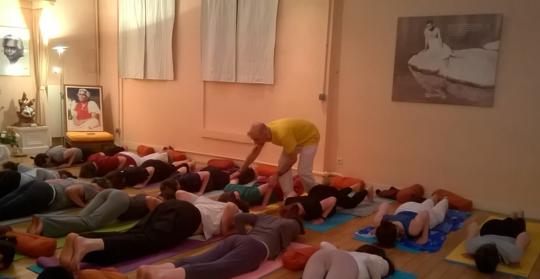 Sattvarna_yoga_sivananda_paris2-1438269760