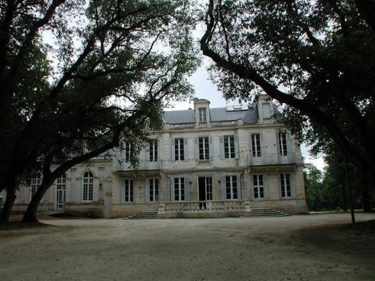 Salons_du_parc_photo-1438769506