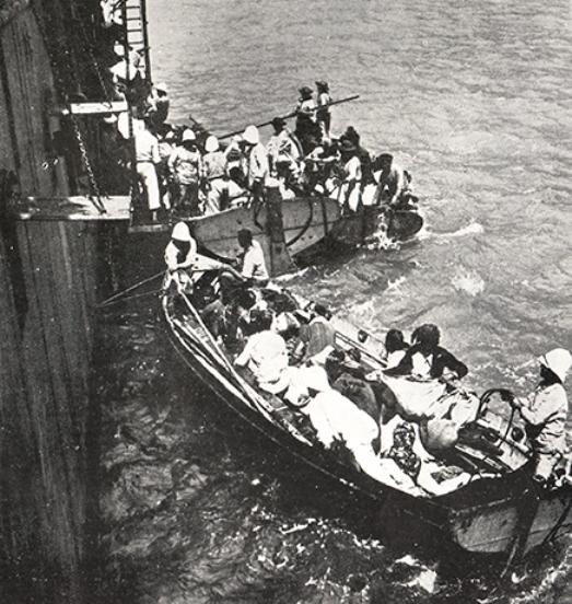 Evacuation_des_armeniens_du_musa_dagh_en_1915_sur_bateaux_francais-1438786143