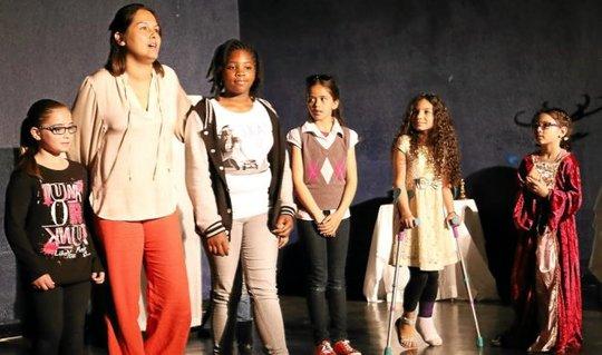 Theatre-petit-oups-fait-son-festival_2397566_660x390-1441725638