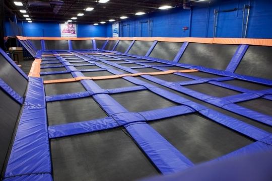 Sky-zone-trampoline-1442133924
