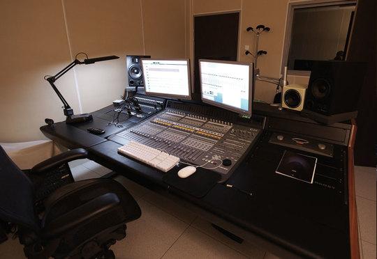 Studio_1-1442244124