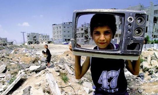 Born_in_gaza-1442327511