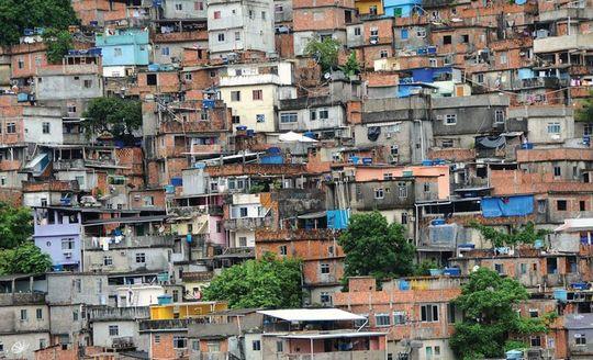 Salvador_favelas-1442862740