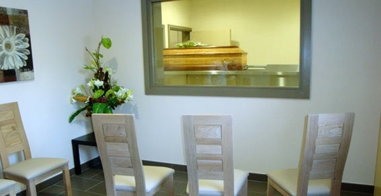 Salle_de_cremation_1-1443285673