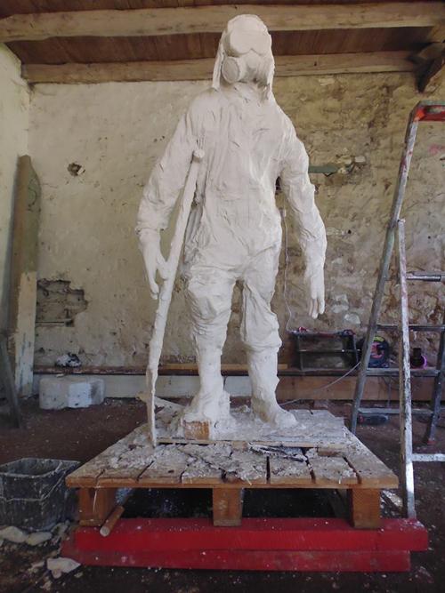 Sculpture-01-1444650328