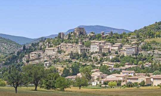 Montbrun-les-bains-1444925026