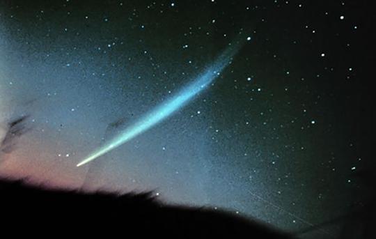 Icono_comete-ikeya_low-1449157698