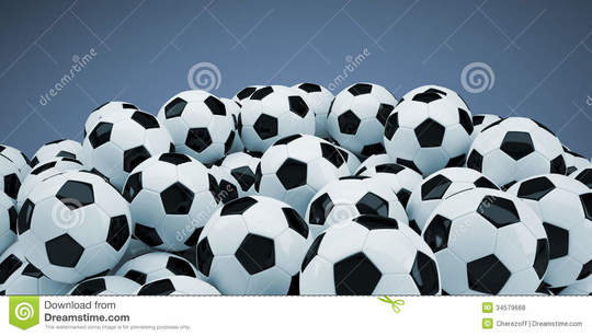 Groupe-de-ballons-de-football-34579668-1449432293