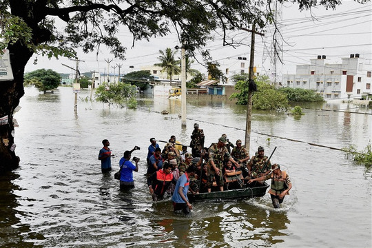 Indian-army-chennai-flood-11-1449611510