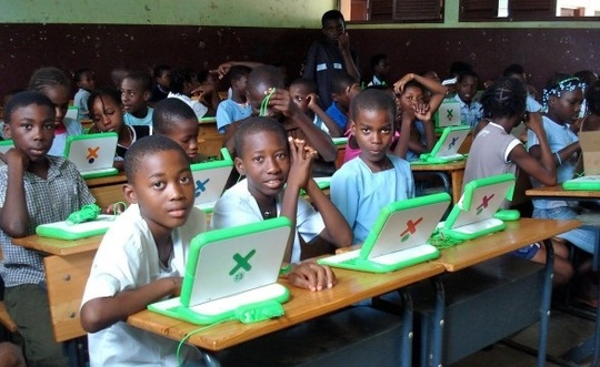 111215_1432106997_rwanda-one-laptop-per-child-project-startup-afrique-les-echos-techafrique-1450295371