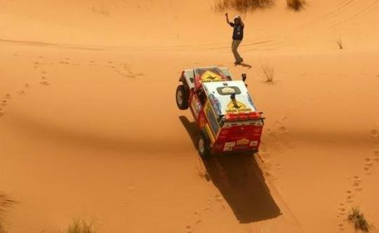 Rallye-aicha-des-gazelles-1450464903