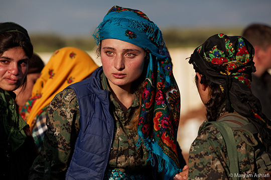 37_kurdish_women_fighters_maryamashrafi-1450628743