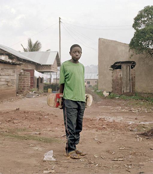 Roule-petit-ougandais-_-quartier-ge_ne_ral-511-1454971558