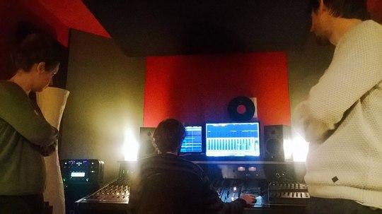 Studio-1455810788