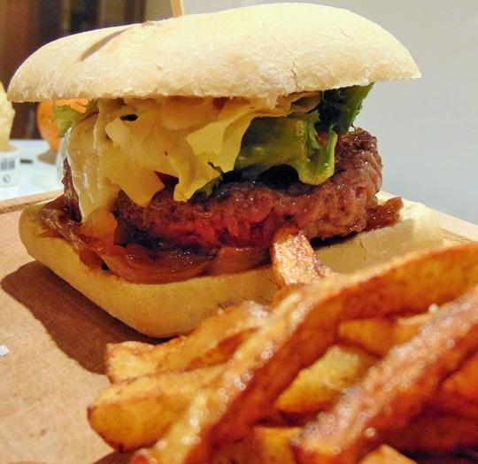 Burger-1456330427