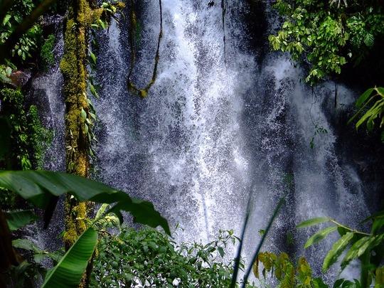 Waterfalls-916567_960_720-1457990869