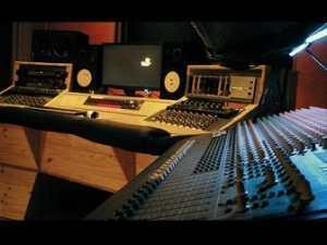 Prince_art_studio-1460473862