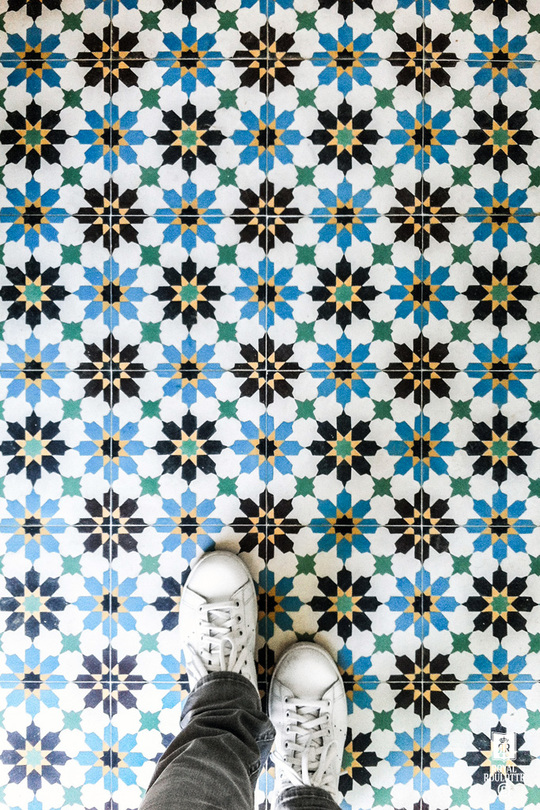 Royal_roulotte_cuisine_montreuil_kitchen_carreaux_de_ciment_cement_tiles-1460806990