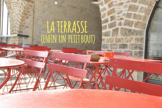 La_terrasse_enfin_un_petit_bout-1461092042