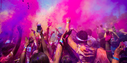 Festival-couleurs-holi-one-1462288481