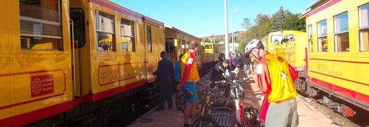 Petit_train_jaune_cerdagne-1463775749