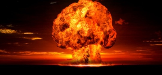 Explosion_nucl_aire-1465372970