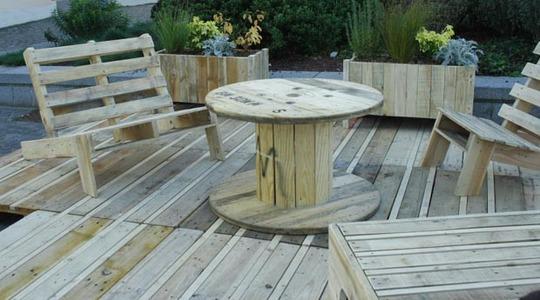 Meubles-jardin-palettes1-1465502982