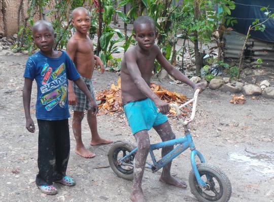 Enfants_de_la_zone_cj-1465574364