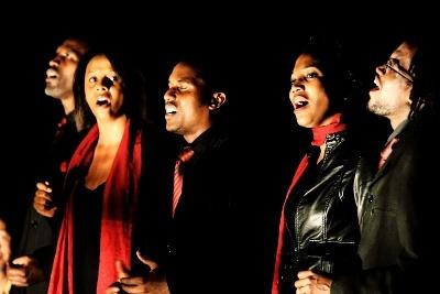 Authentic-gospel-singers-rouge-noir-400-1467572611