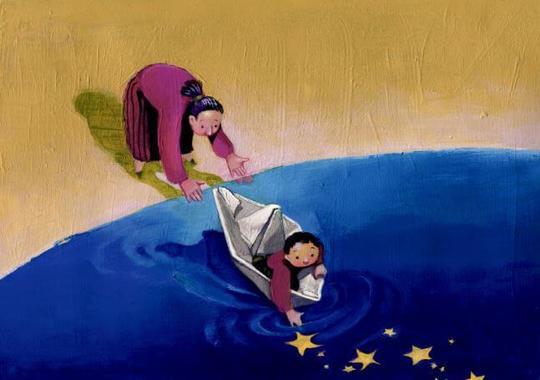 Madre-dejando-a-su-hijo-navegar-con-un-barco-de-papel-1467967751