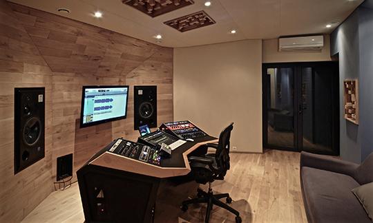 3.4_gauche_studio-1468516413